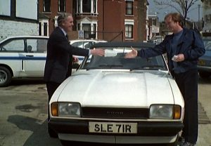 Leave it arght! Minder's nice little runner.