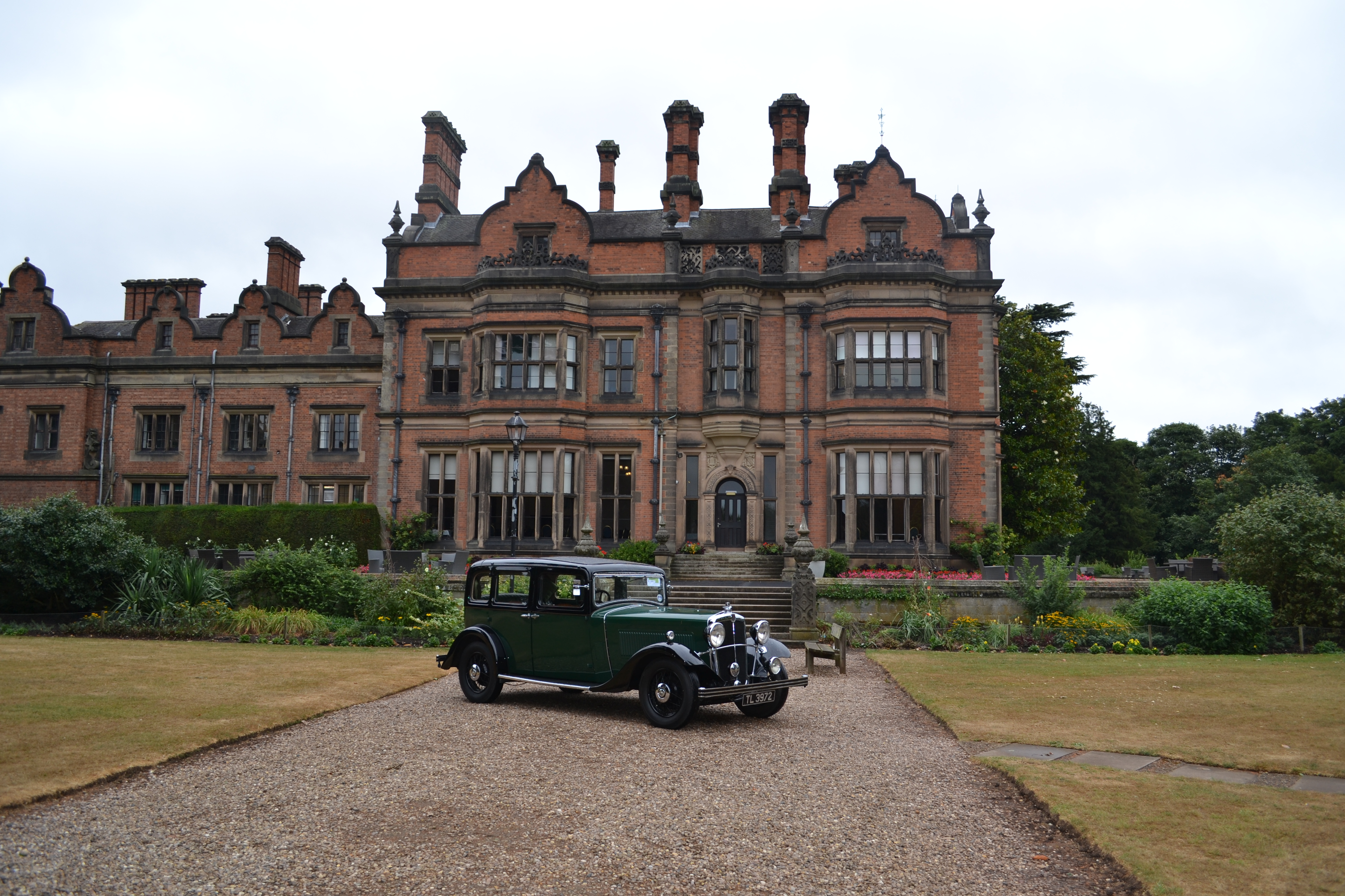 Rain doesn't stop play at Beaumanor Hall Nostalgia Show ...